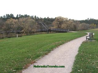Smith Falls Park trail and walking bridge over Niobrara river